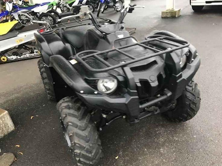 Used 2014 Yamaha Grizzly 700 FI Auto. 4x4 EPS Special Edi ATVs For Sale in Oregon. 2014 Yamaha Grizzly 700 FI Auto. 4x4 EPS Special Edition, CALL 503-769-8888 2014 Yamaha® Grizzly 700 FI Auto. 4x4 EPS Special Edition Stealth Edition Grizzly As the top performer on its class, it'll be hard to under the radar with the new Grizzly 700 4x4 SE and its awesome tactical black paint job, special cast aluminium wheels and discreet yet aggressive graphics. Key Features May Include: The Grizzly 700…