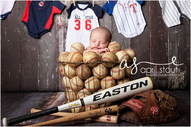 baby pictures in tulsa, baseball newborn, photographer in Tulsa Newborn photographer serving Tulsa, Pryor, Muskogee, Claremore, Tahlequah, Broken Arrow www.astoutphoto.com