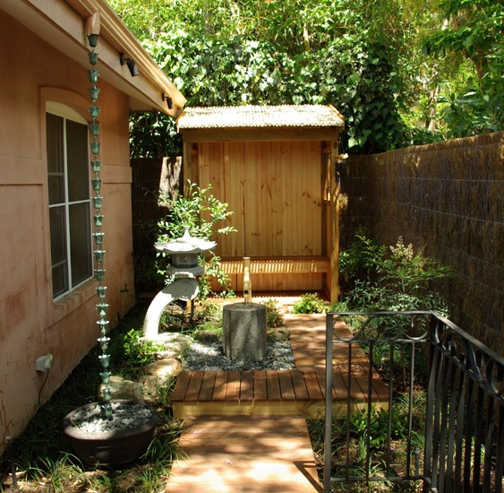 17 best japanese landscaping projects images on pinterest for Courtyard landscaping perth