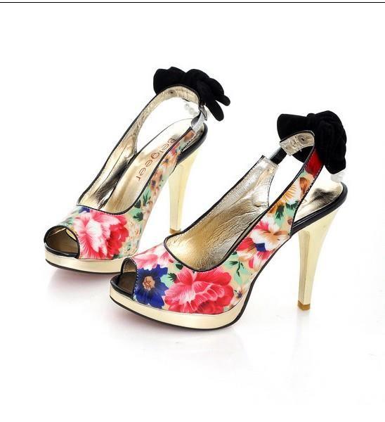 Купить цветные туфли