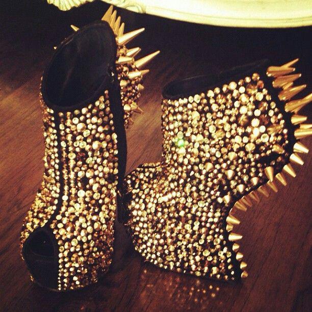 #gold #black #shoes