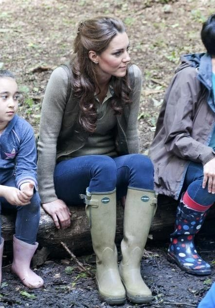loving these rain boots <3