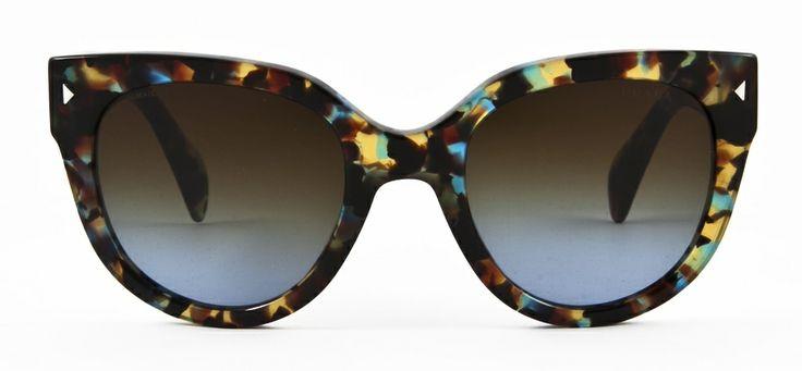 #loveyewear #prada http://www.loveyewear.se/solglasogon/prada-pr-170s-nag0a4-brun-gron-spracklig/