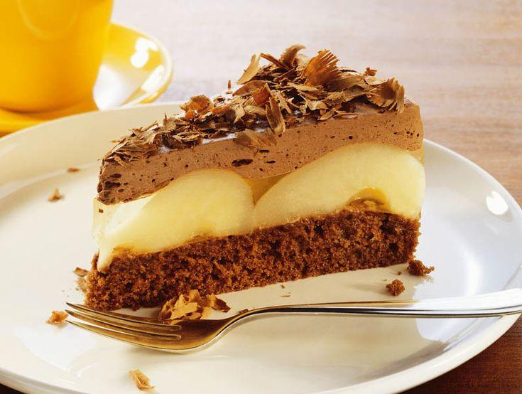 Tort cu ciocolată şi pere