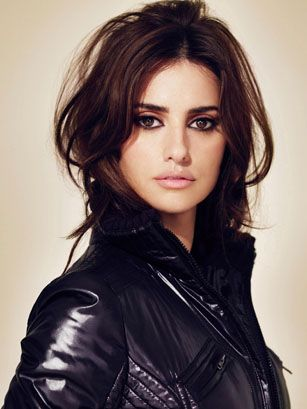 Penélope CruzGirls Crushes, Penelopecruz, Salma Hayek, Eye Makeup, Hairmakeup, Hair Makeup, Leather Jackets, Hair Color, Penelope Cruz