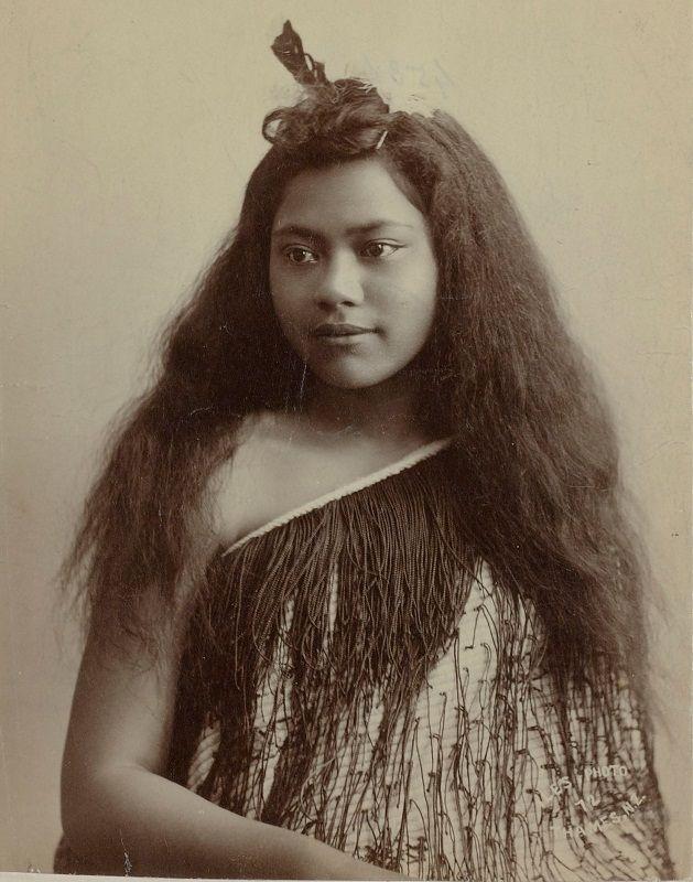 Женщины и девушки народа маори (35 фото)