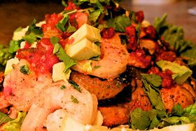 The Primitive Foodie: Spicy Avocado Prawn Salad with steak