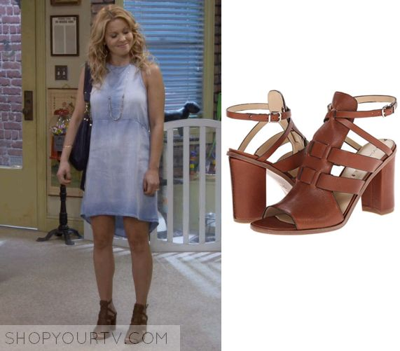 Fuller House: Season 1 Episode 4 DJ's Brown Strappy Sandals