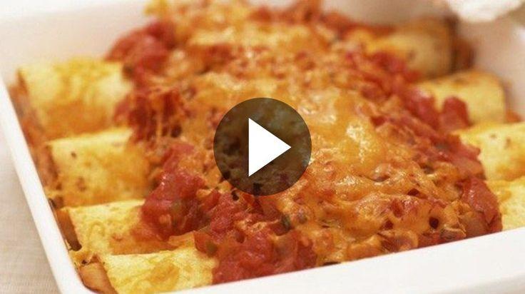 Comment faire des cannelloni : la recette super facile de ces pâtes farcies.  Ingrédients : 4 plaques à lasagnes 200 g de viande hachée 1/2 oignon 25 cl de coulis de tomate 10 cl de crème Préparation : Plonger...