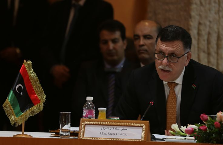 61 out of 101 deputies of the Tobruk Chamber of Deputies in #Tripoli rejected the #Lybian national unity government led by Fayez al-Sarraj. Read more: http://bit.ly/1uyWePb