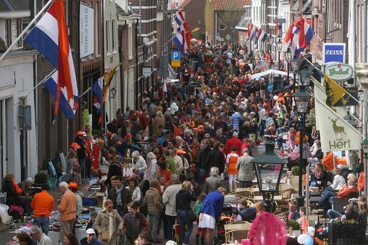 Laatste Koninginnedag, 30-4-2013, Vesting, Naarden.
