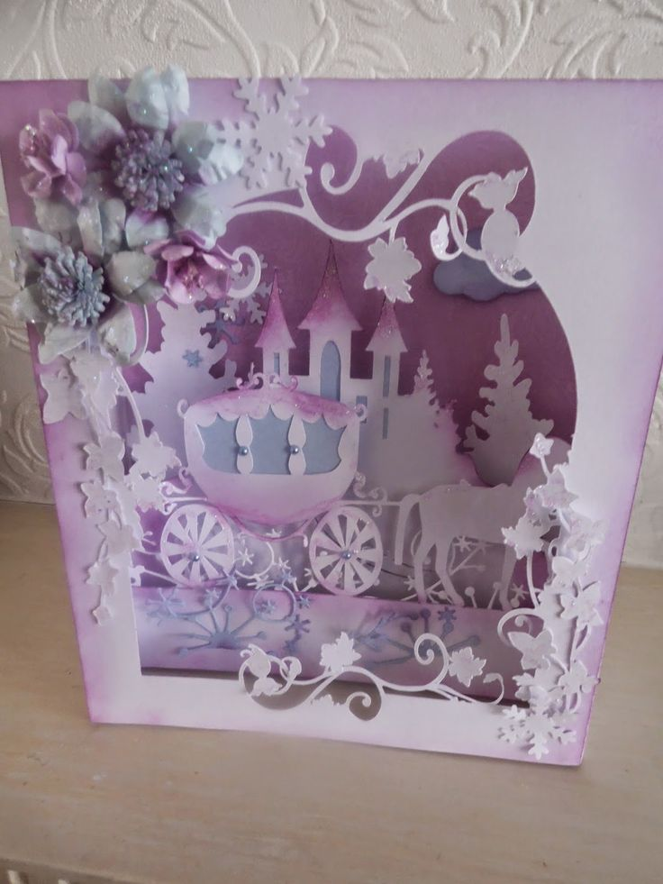 craftezine: I have been doing a folding box card this morning ...