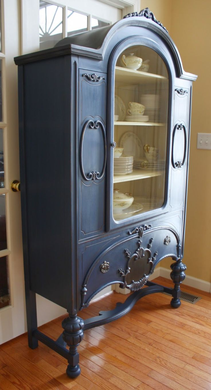 The Black Sheep Shoppe: Depression Era China Cabinet. Napoleonic Blue and Cream with Graphite accents. (Annie Sloan Chalk Paint)