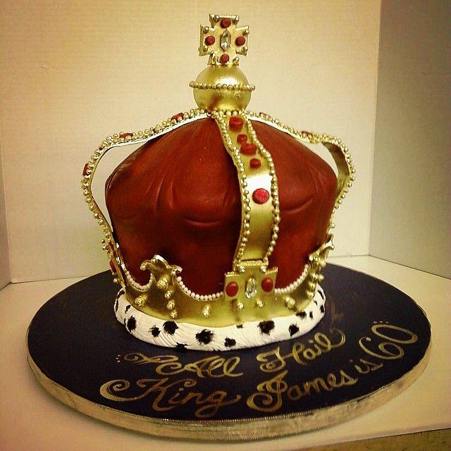 Best 25 Crown Cake Ideas On Pinterest