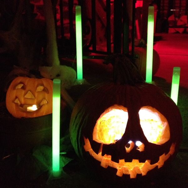 glowing pumpkins use glow sticks to light your pumpkins theyre safer than candles emit a spooky glow - Glow Sticks For Halloween