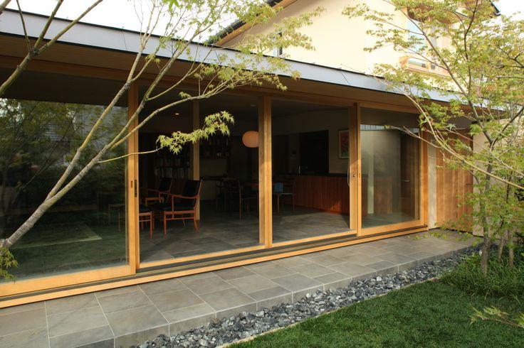 浜寺公園の家 (増改築) 横内敏人建築設計事務所