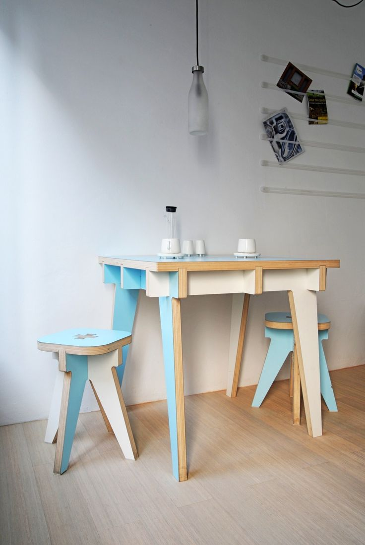 Flat Pack Desk and Stools