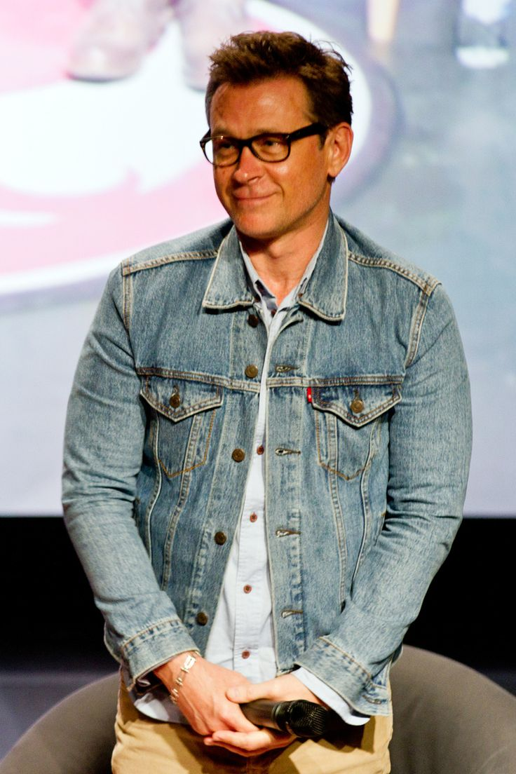Page 661 of 671 - How cute is Connor Trinneer/Trip Tucker? - posted in Enterprise: BW shots from Denver