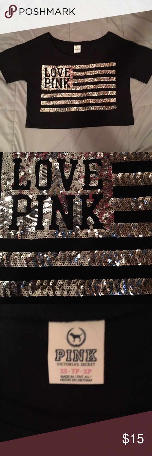 Victoria's Secret Pink XS Sparkly Crop Top Oversized so is really the size of a medium. Def not an xs. PINK Victoria's Secret Tops Crop Tops