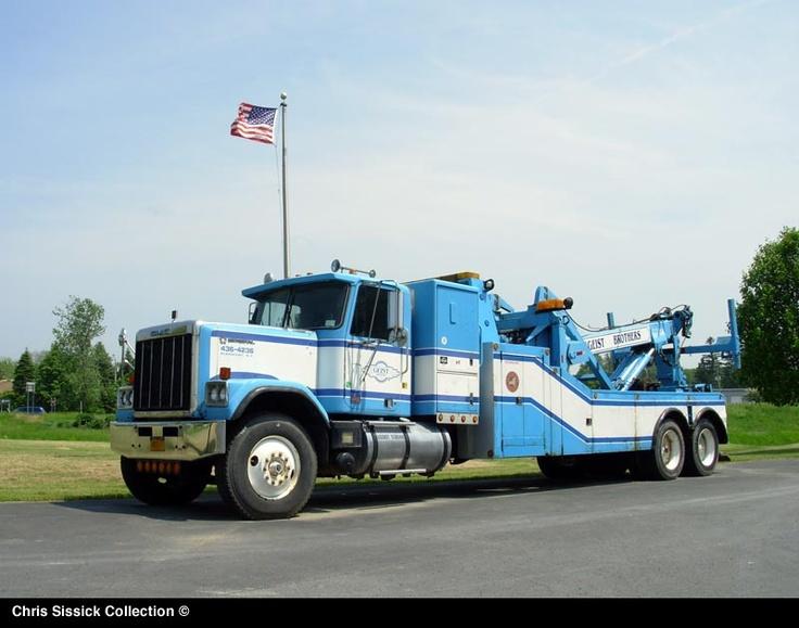 GMC GENERAL HeavyDuty Tow Truck. MODERN TOW TRUCKS