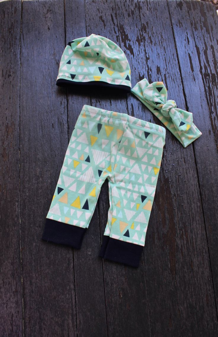 Triangle Hipster baby outfit/Gender Neutral Baby Clothes/Coming home outfit/newborn outfit/ Leggings/Gender Neutral Leggings/ by EmmaStitchCompany on Etsy https://www.etsy.com/listing/286730167/triangle-hipster-baby-outfitgender
