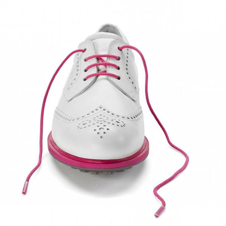Einfach ein tolles Damenmodell, welchen man auch im der Freizeit z.B. mit weißen Schuhbändel tragen kann. Ecco liefert auch ein 2. Paar Schnürsenkel in Weiß mit.