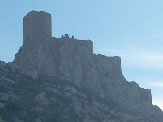 Quéribus, a lone sentinel of a castle perched unbelievably high atop a stone needle at 729 metres above the town of Cucugnan.  First built in the 11th and 12th centuries, it was the last Cathare castle to fall during the Albigensian Crusades