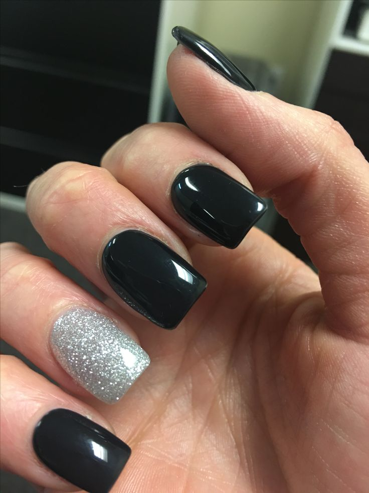 Black and silver acrylic nails