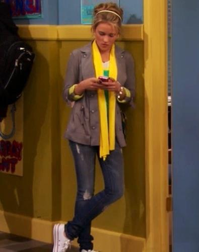 I LOVE this look!!! (Lilly - Hannah Montana)