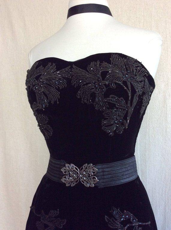33268890705f 1950's Black Velvet Gown // black velvet vintage dress feather beaded  appliqué sequin embellished ball gown halloween elegant costume Small |  Sweet Fang ...