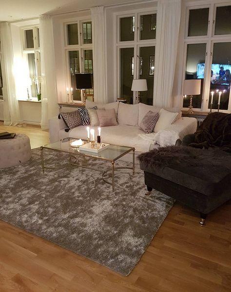 Vit Björnen bäddsoffa i manchester. Soffa, bädd, compact living, smart förvaring, säng, vardagsrum, sovrum, möbler, inredning, djup, rymlig.
