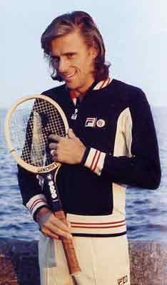 Not a sportswear kinda guy, but the Borg Fila jacket is still awesome more than 30 years later, and those rackets! Love to see Fed/Djo/Nad play half as well with that equipment, the guy's a legend, 'nuff said