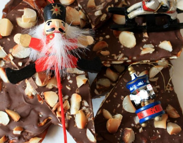 Salted Pretzel Toffees - Domestic Goddess Fakery for Christmas