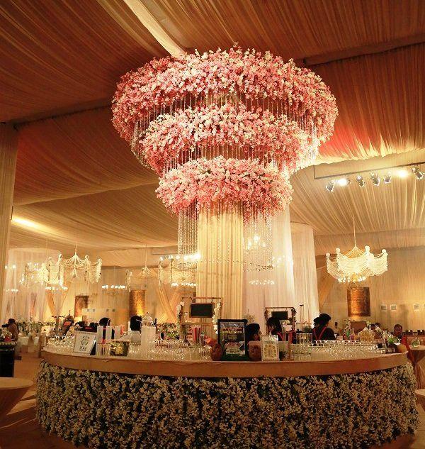 12 Swanky Wedding Bar Decor Themes That Scream Bargoals Wedding
