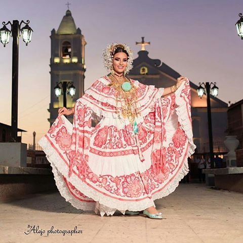 @Regrann from @nenepolo25 -  HOY COMIENZA EL GRAN FESTIVAL NACIONAL DE LA POLLERA TODOS A  TUNIAR CON S.M. LIA MADRID  AHORA EN LA ENTRADA AL PUEBLO - #beautiful #love #sdv #likeforlikes #cute #likeforshoutout #followfollowfollow #likeforfollow #followmenow #me #followbacks #liked #favoritesong #followbacknow #followmeplease #followforlike #instamoment #follow #segue #followmefollowback #sigodevolta #followback #bomdia #boatarde #boanoite #follow4followback #thor #odiverta #trocolikes