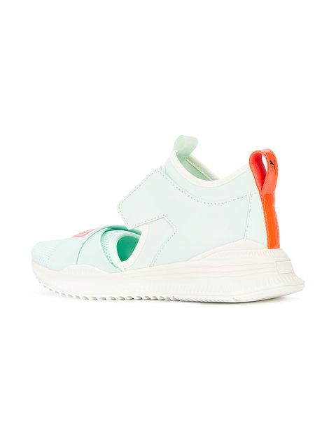 buy online 25657 2b6db Fenty X Puma Cut-out Front Avid Sneakers - Farfetch | Cazual ...