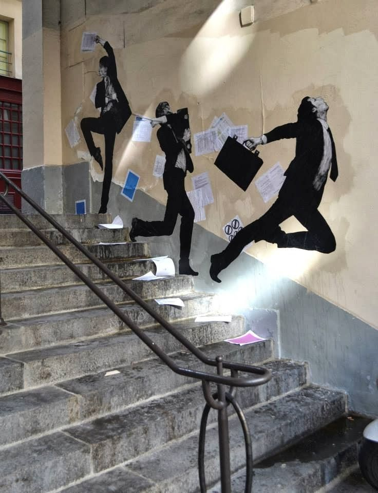 "Levalet ""Fly Away"" New Mural - Paris, France"