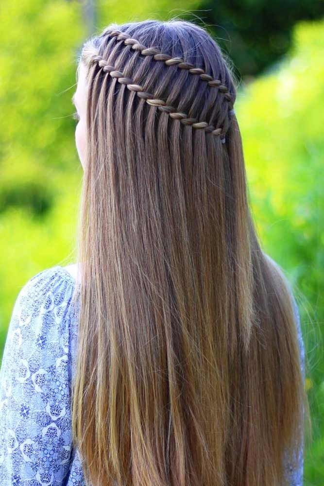 Have you learned how to create a ladder braid hairstyle and now wonder how to spice it up a bit? We have many ideas how to combine it with other styles.
