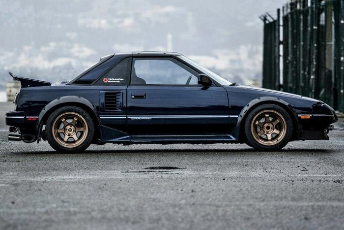 First generation MR2's are a bit of a rarity here on Stance Is Everything. A few made their way into MR-2 Theme Tuesday, and this one rally crossing got it's own post, but typically…