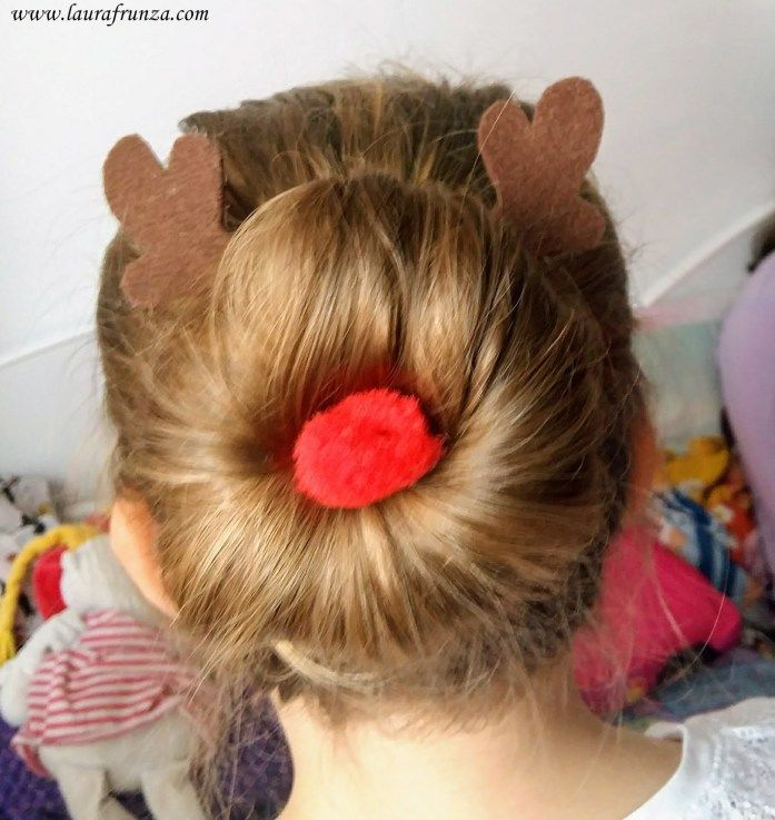 How to make some accessories to make a Rudolph bun