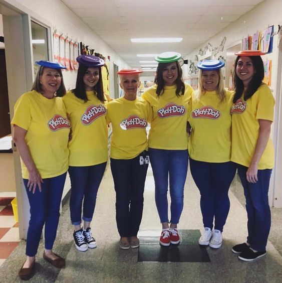 50 Best Diy Group Halloween Costumes For Your Girl Squad Hike N Dip Halloween Costumes For Work Cute Group Halloween Costumes Halloween Costumes Friends
