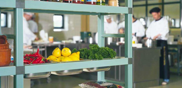 Scaffali modulari multiripiano in plastica, per celle frigorifere
