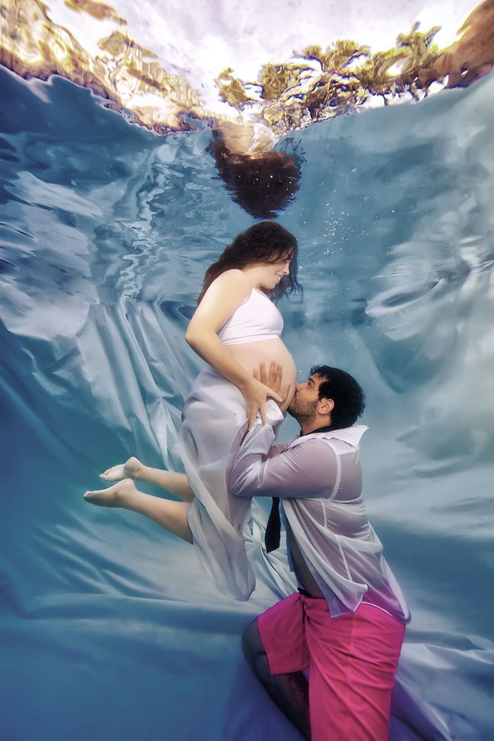 This Photographer Is Changing Maternity Photography With His Underwater Mermaid Moms   Bored Panda