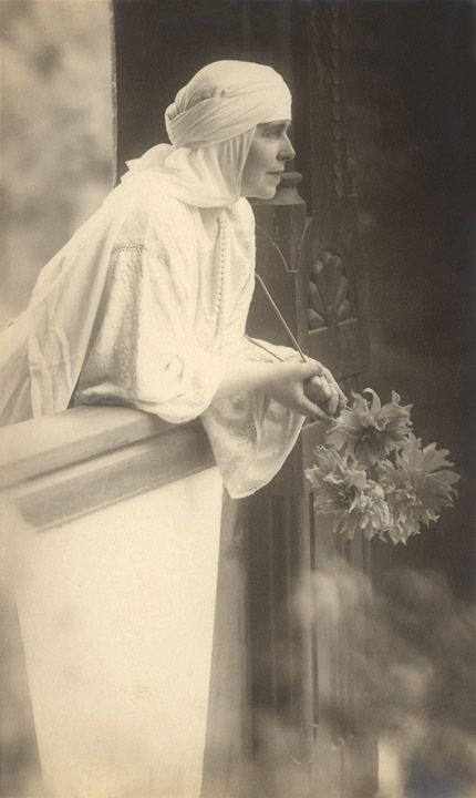 Queen Marie of Romania Gallery / Queen Marie of Romania Postcard