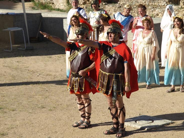 dos soldado romanos soportando las altísimas temperaturas de la meseta