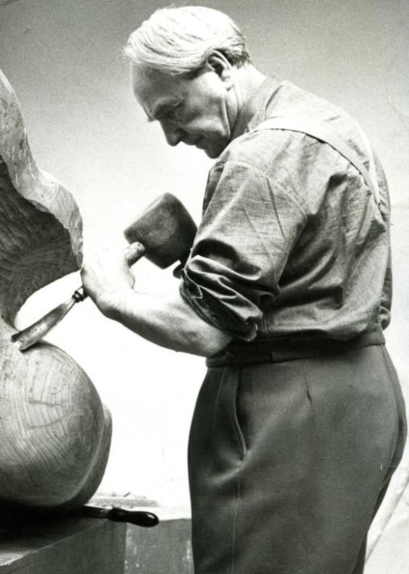 Henry Moore works in his Studio