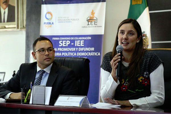 IEE y SEP promoverán democracia y civismo en alumnos