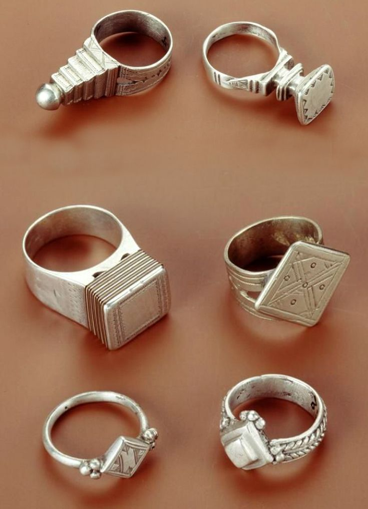 Africa | Rings from the Tuareg people of Algeria (top two) and from Niger (bottom 4) | Silver