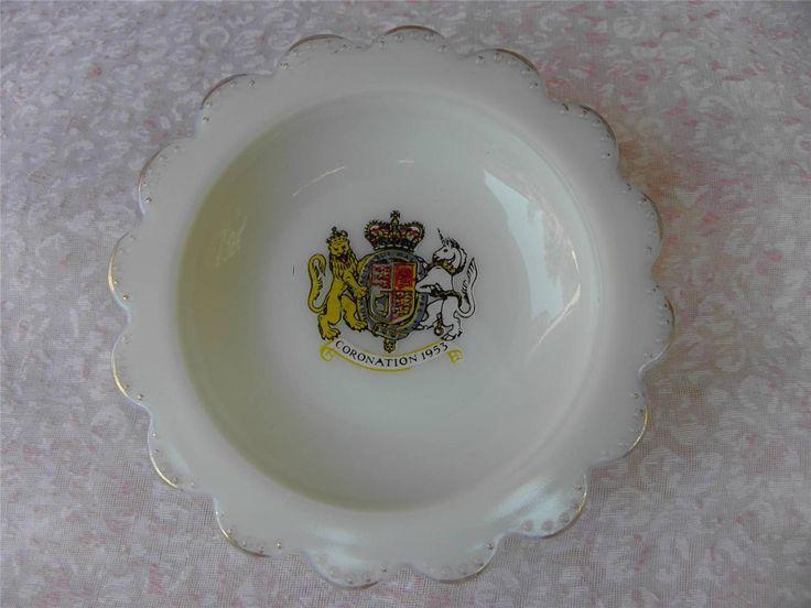 Collectable Vintage 1953 Queen Elizabeth Coronation Milk Glass Ash Tray or Dish
