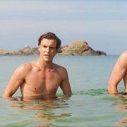 Still of Xavier Samuel and James Frecheville in Adore (2013)